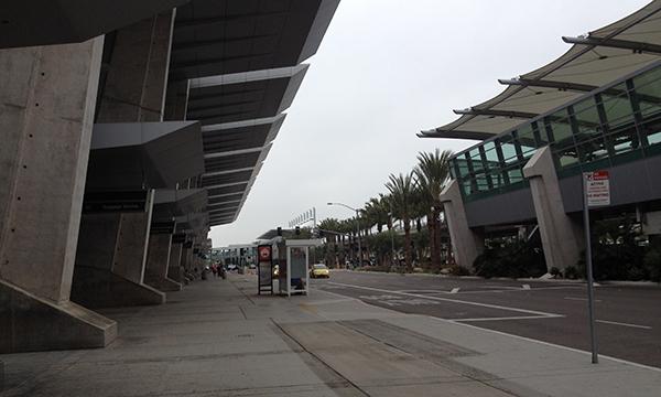 サンディエゴ国際空港から帰国します。