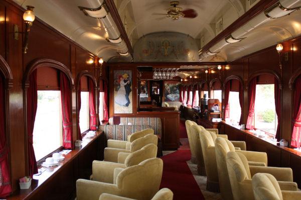 ナパバレー・ワイントレイン 列車の中を探検してみました