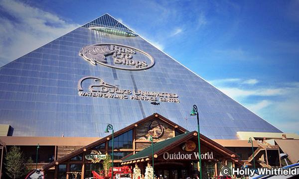 バスプロショップス・アット・ザ・ピラミッド Bass Pro Shops at the Pyramid