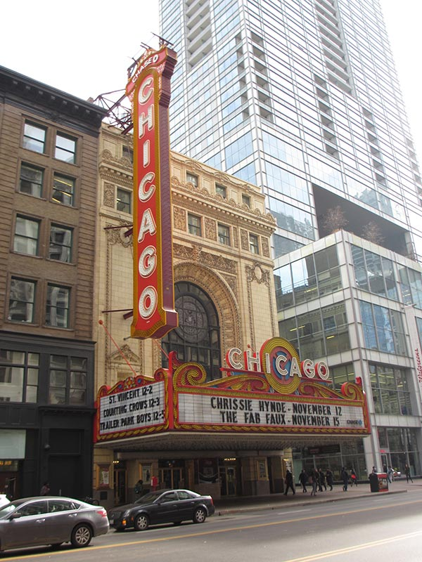 シカゴ劇場 The Chicago Theatre