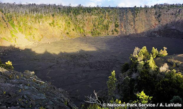 ケアナカコイ・クレーター Keanakako'i Crater