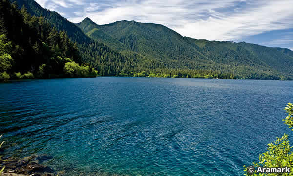 クレセント湖 Lake Crescent