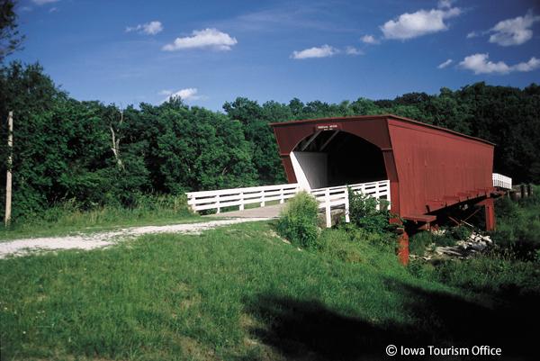 マディソン郡の橋の舞台を訪ねる