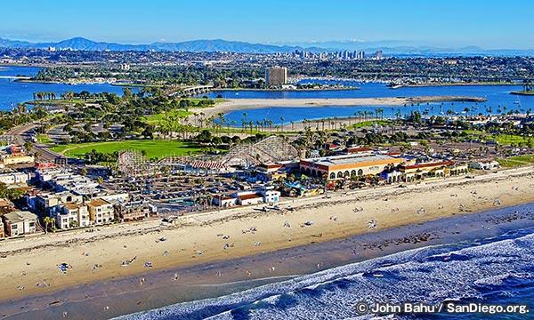 ミッションビーチ Mission Beach