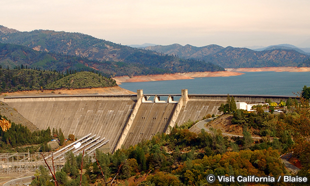 シャスタ ダム Shasta Dam