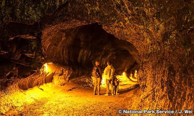 サーストン溶岩洞 Thurston Lava Tube