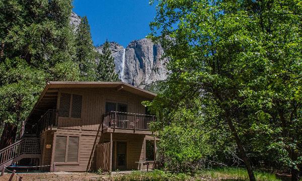ヨセミテ バレー ロッジ Yosemite Valley Lodge