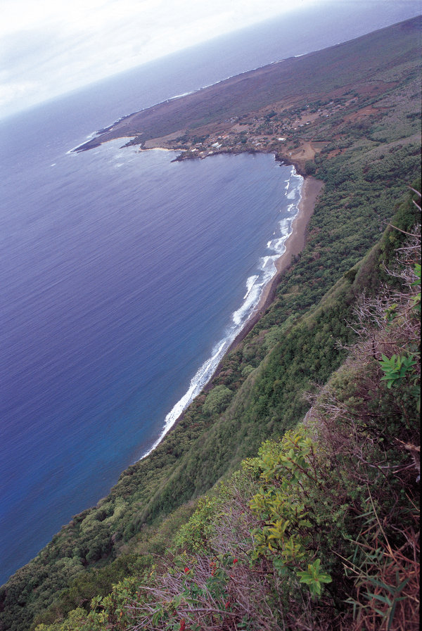 世界一の断崖を越えて カラウパパ国立公園