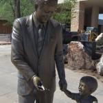 J.F.ケネディーの銅像