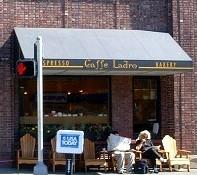 コーヒーの香り漂う街
