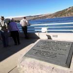 湖とダム見学