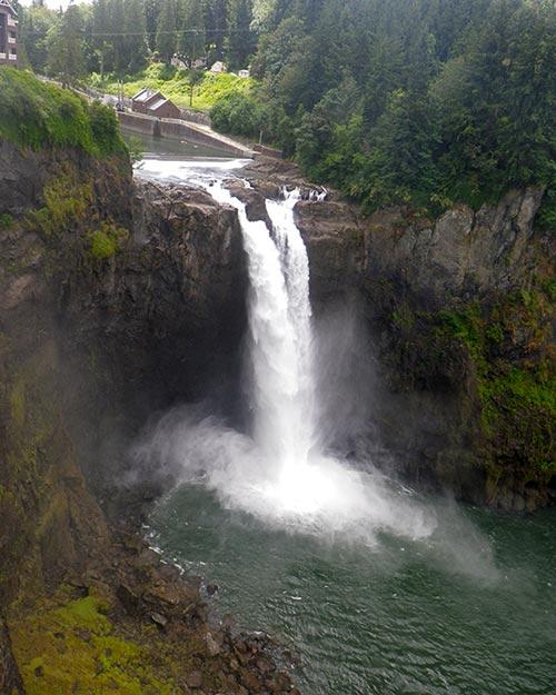 スノコルミー滝 Snoqualmie Falls