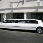 車に乗っての結婚式